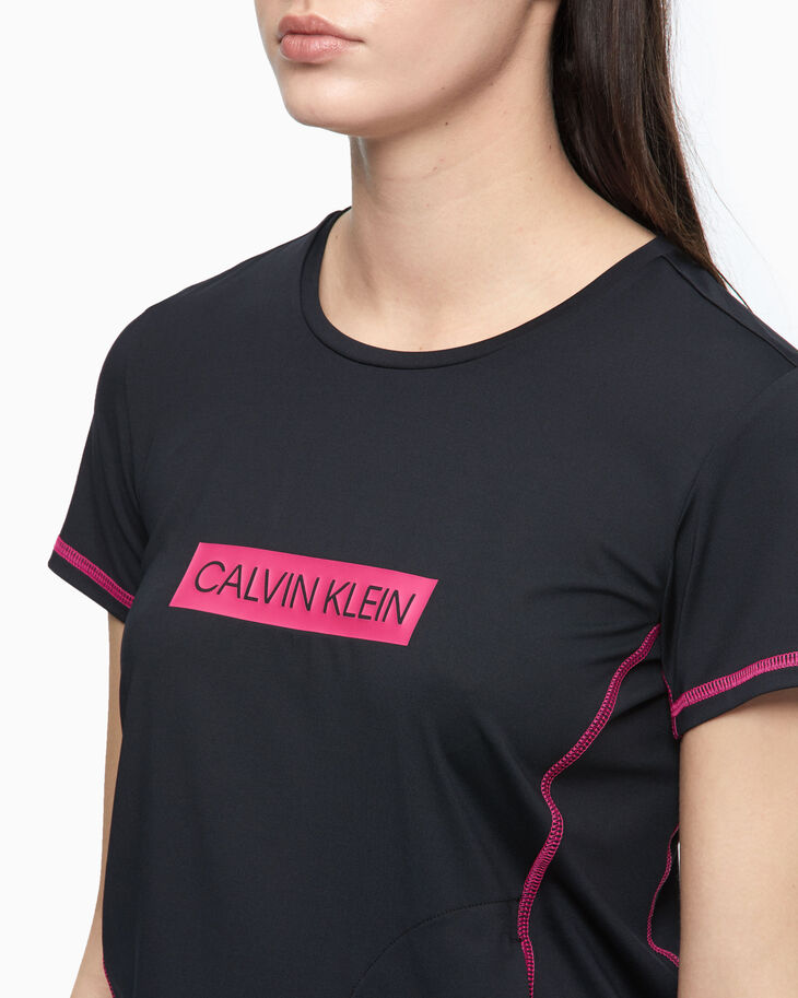CALVIN KLEIN SUMMER UTILITY COOLCORE TEE
