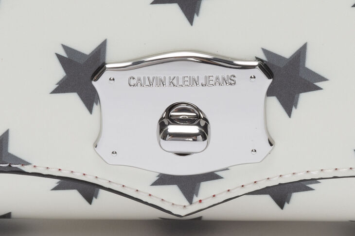 CALVIN KLEIN SCULPTED WESTERN SHOULDER BAG