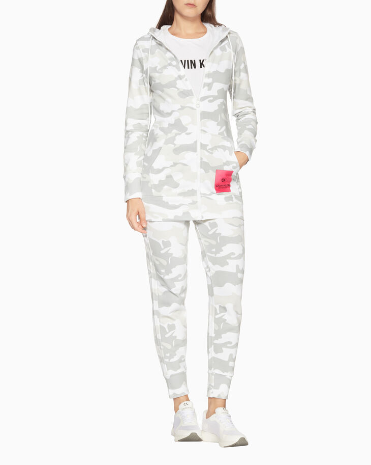 CALVIN KLEIN CAMO STORY ALL OVER PRINT PANTS