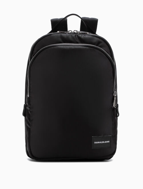 CALVIN KLEIN SLEEK CAMPUS BACKPACK 35