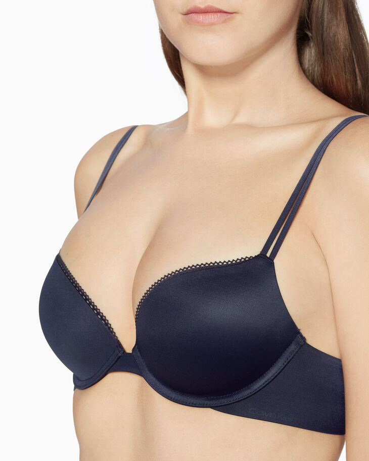 CALVIN KLEIN LIQUID TOUCH PUSH-UP PLUNGE BRA