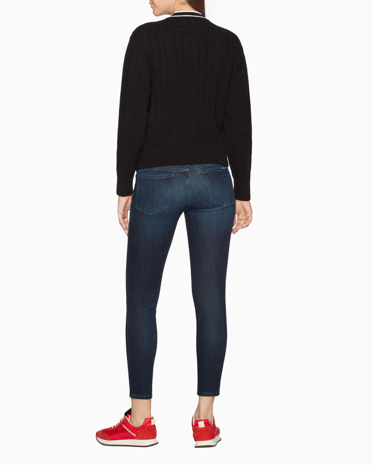 CALVIN KLEIN CABLE KNIT LONG SLEEVE SWEATER