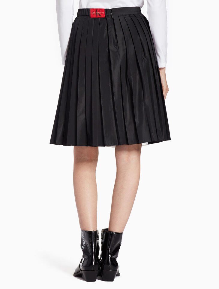 CALVIN KLEIN SIDE STRIPE WOVEN PLEATED SKIRT