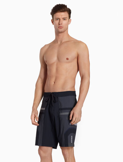 CALVIN KLEIN INTENSE POWER PLUS MEDIUM SHORTS