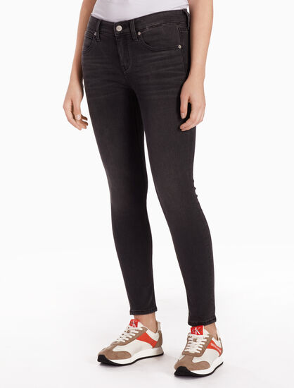 CALVIN KLEIN CKJ 022 WOMEN BLACK BODY JEANS