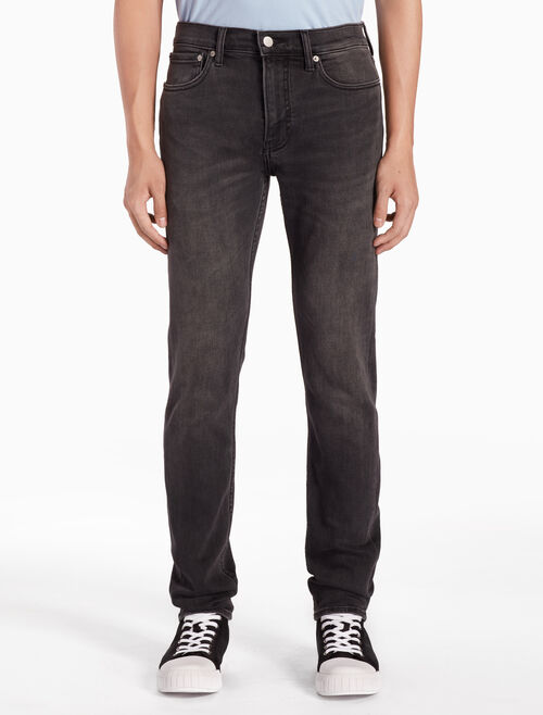 CALVIN KLEIN CKJ 026 MEN SLIM WASHED JEANS