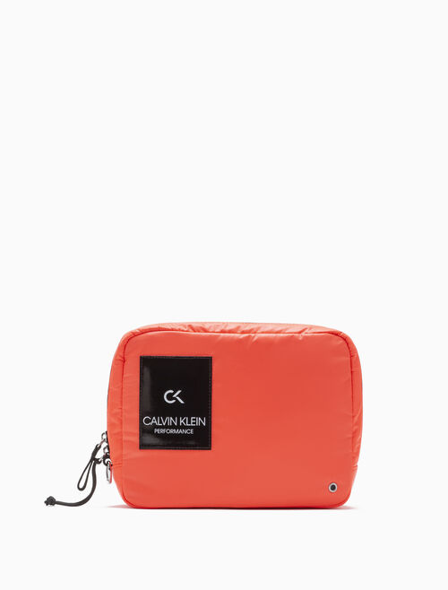 CALVIN KLEIN ZIP UP GYM POUCH
