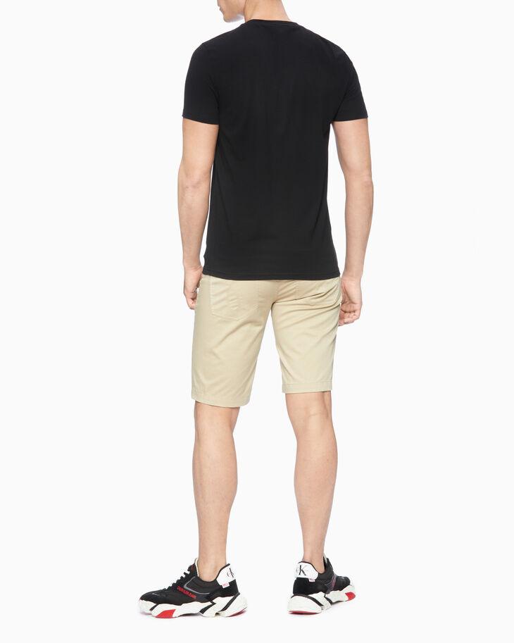 CALVIN KLEIN COLLAGE LOGO PRINT 티셔츠