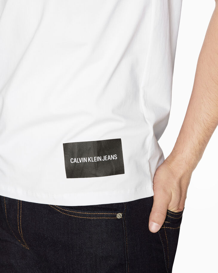 CALVIN KLEIN INSTITUTIONAL OFF CENTRED LOGO TEE