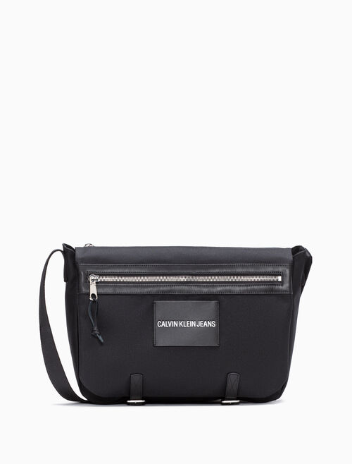 CALVIN KLEIN MESSENGER BAG