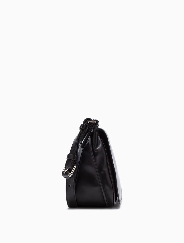 CALVIN KLEIN LEATHER FLAP SHOULDER BAG