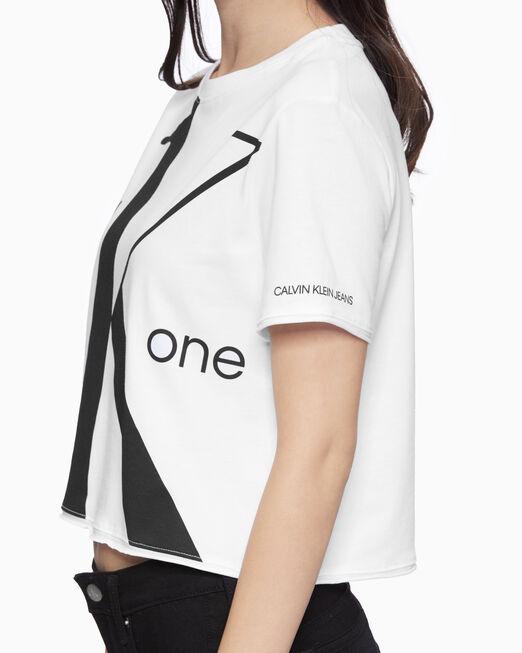 CALVIN KLEIN 여성 빅 로고 모던 스트레이트 크롭 반팔 티셔츠
