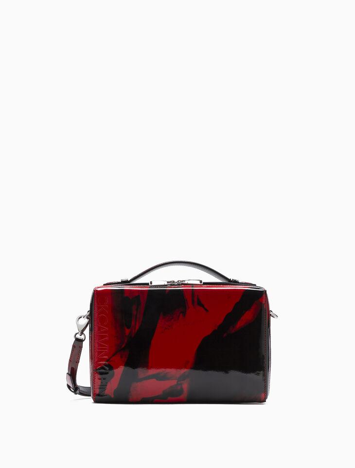 CALVIN KLEIN BOX SHOULDER BAG