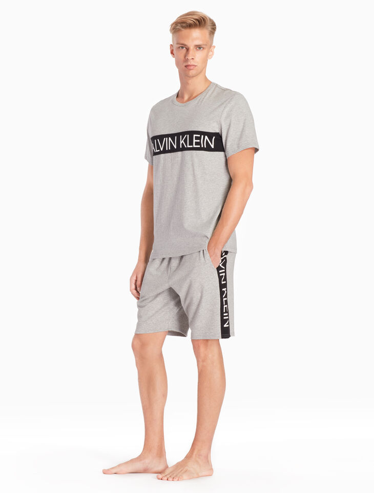 CALVIN KLEIN STATEMENT GRAPHIC LOUNGE SHORTS