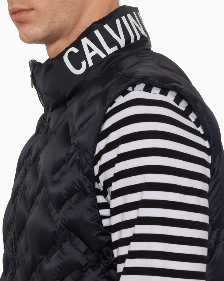 CALVIN KLEIN REVERSIBLE PACKABLE DOWN VEST