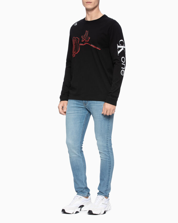 CALVIN KLEIN CK ONE ROSE PRINT LONG SLEEVE TEE