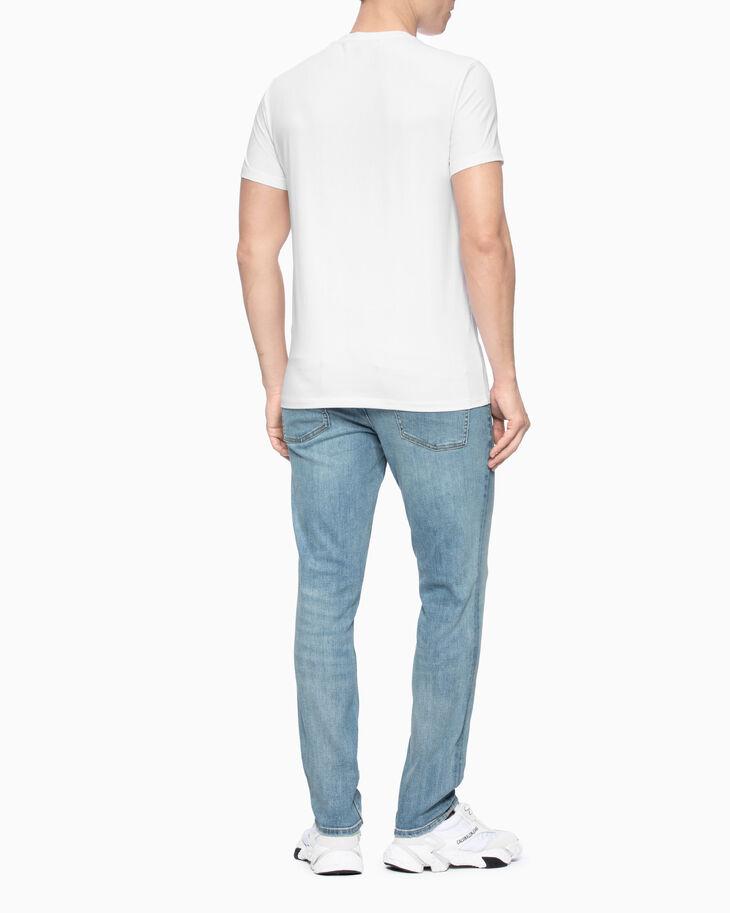 CALVIN KLEIN STUDDED LOGO 슬림 티셔츠