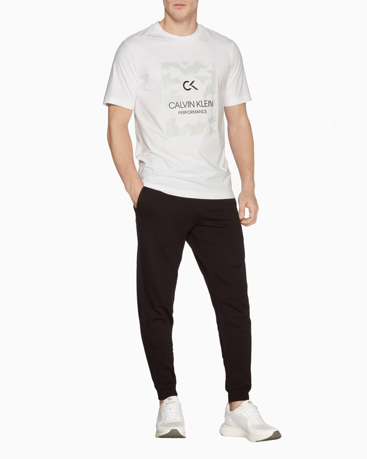 CALVIN KLEIN STATEMENT ESSENTIALS 빌보드 티
