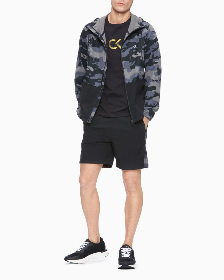 CALVIN KLEIN CAMO HOODED TRAINING JACKET
