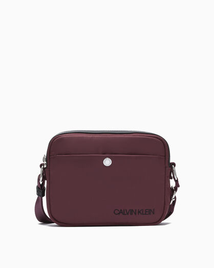 CALVIN KLEIN SLEEK NYLON CAMERA BAG