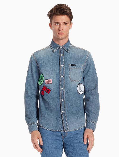 CALVIN KLEIN PATCHED UTILITY DENIM SHIRT