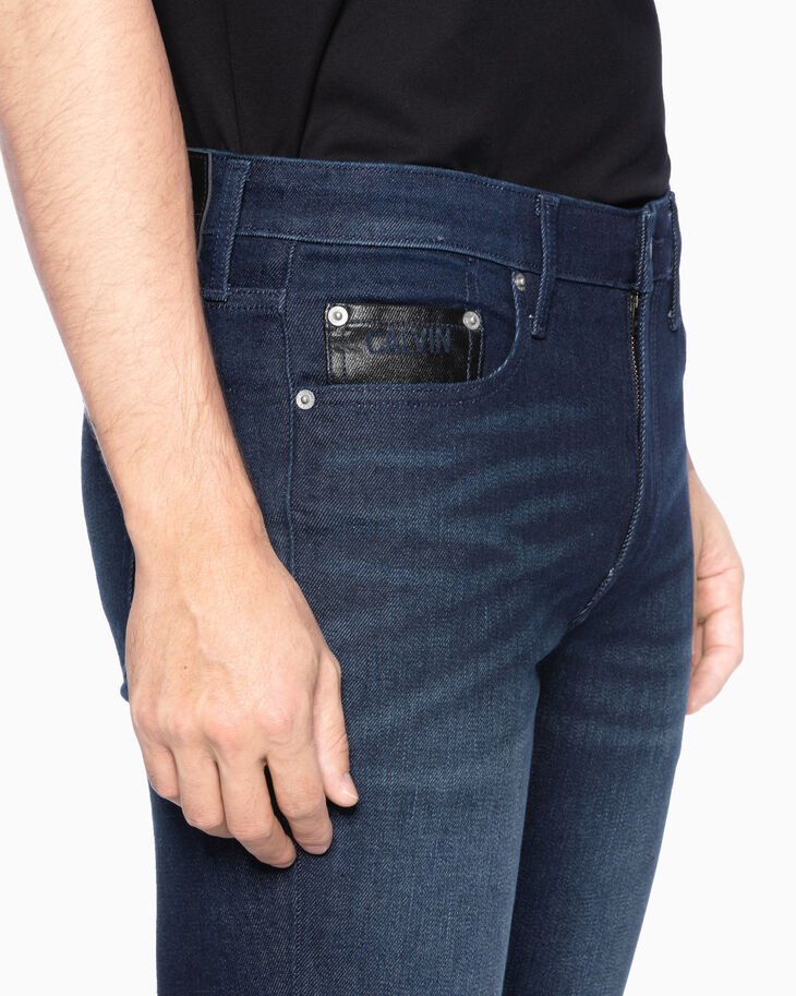 CALVIN KLEIN CKJ 027 INFINITE SOFT BODY JEANS