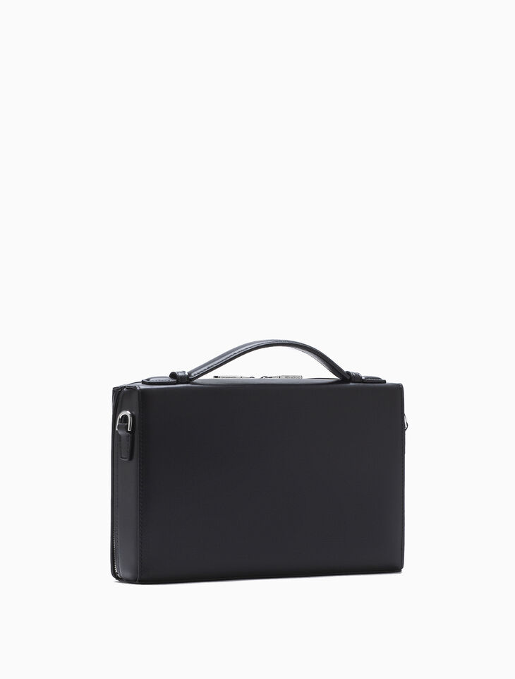 CALVIN KLEIN BOX SHOULDER BAG