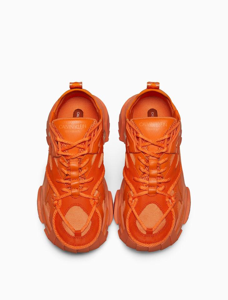 CALVIN KLEIN STRIKE 205 珠寶裝飾 NAPPA 牛皮綁帶厚底運動鞋