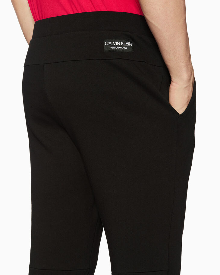 CALVIN KLEIN STATEMENT ESSENTIALS FLEECE sweatpants