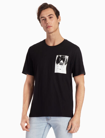 CALVIN KLEIN LOGO BOX GRAPHIC TEE