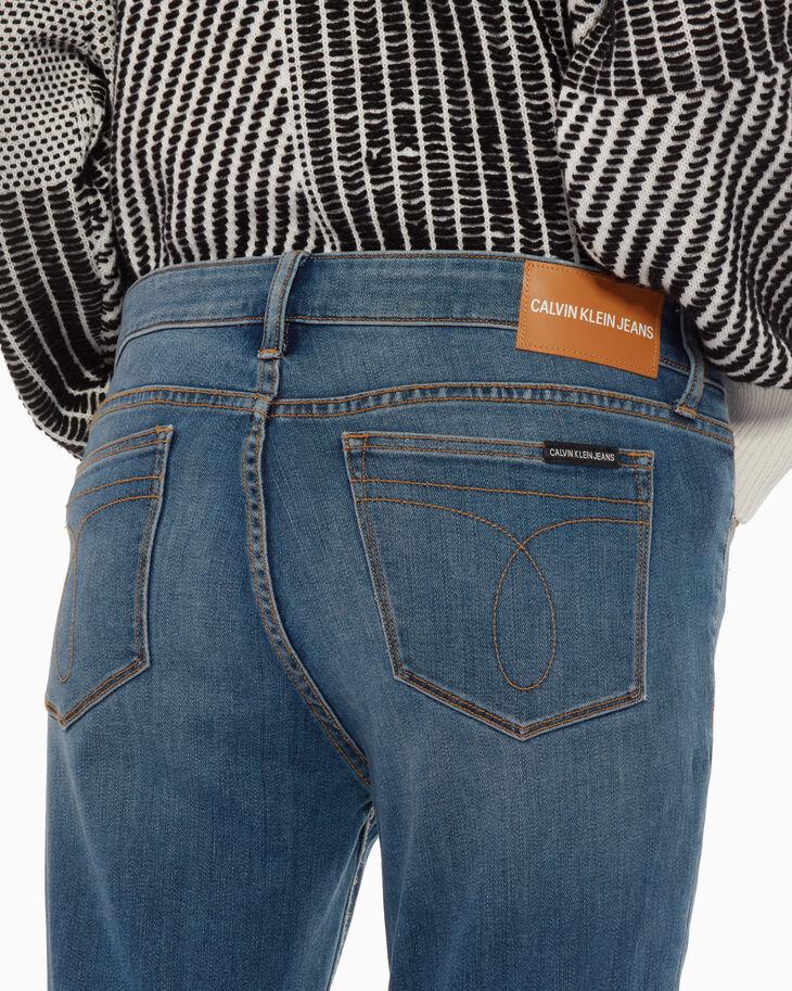 CALVIN KLEIN CKJ 011 INFINITE SOFT 緊身牛仔褲