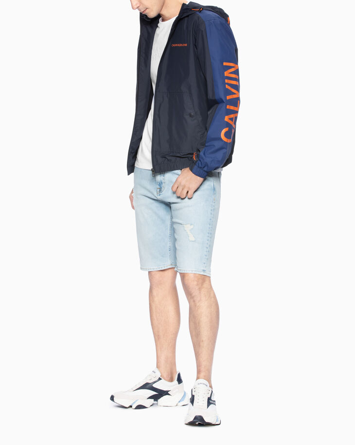 CALVIN KLEIN STATEMENT HOODED WINDBREAKER