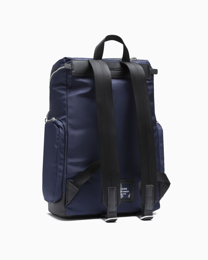 CALVIN KLEIN SLEEK NYLON ZIP-AROUND BACKPACK