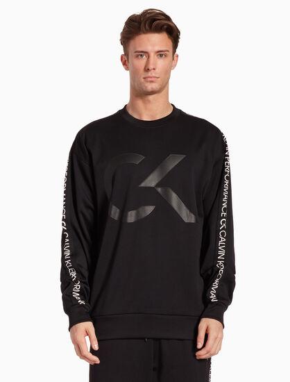 CALVIN KLEIN RE-EMERGE 로고 테이프 풀오버 스웨트셔츠