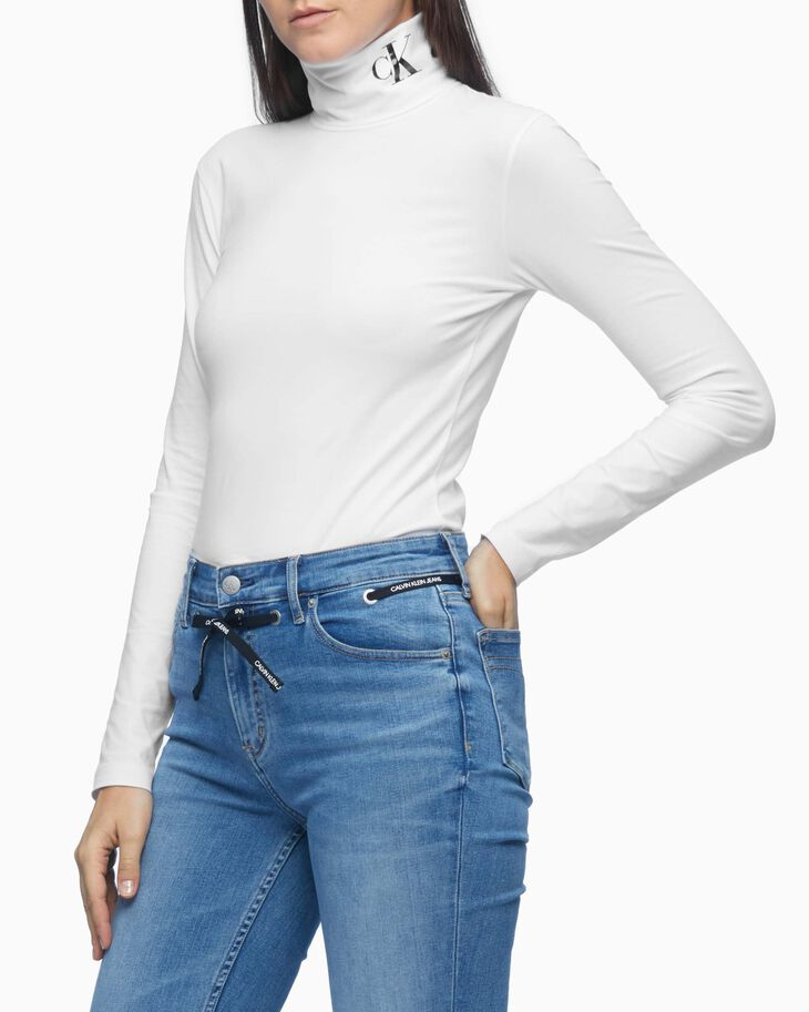 CALVIN KLEIN SILICONE LOGO ROLL NECK LONG SLEEVE TEE