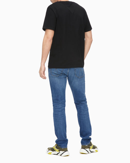 CALVIN KLEIN 남성 레귤러핏 플라이어 그래픽 반팔 티셔츠