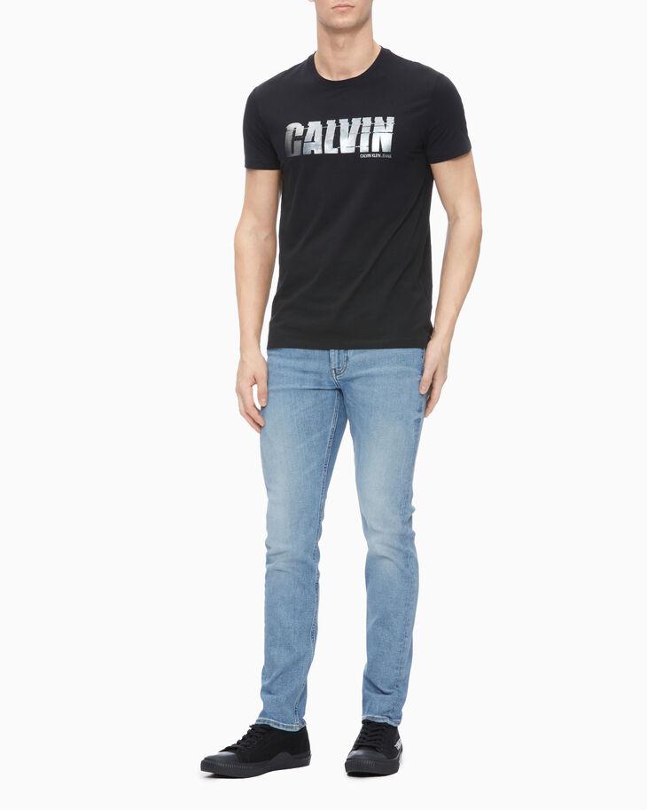 CALVIN KLEIN SHINY CALVIN LOGO SLIM TEE