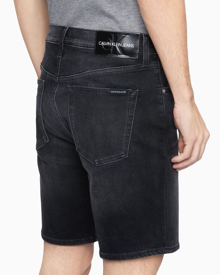 CALVIN KLEIN WASHED DENIM STRAIGHT SHORTS
