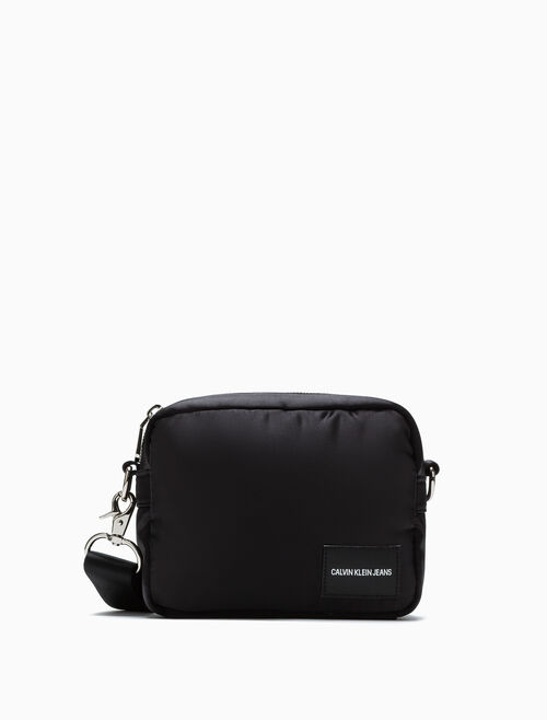 CALVIN KLEIN CITY CAMERA BAG