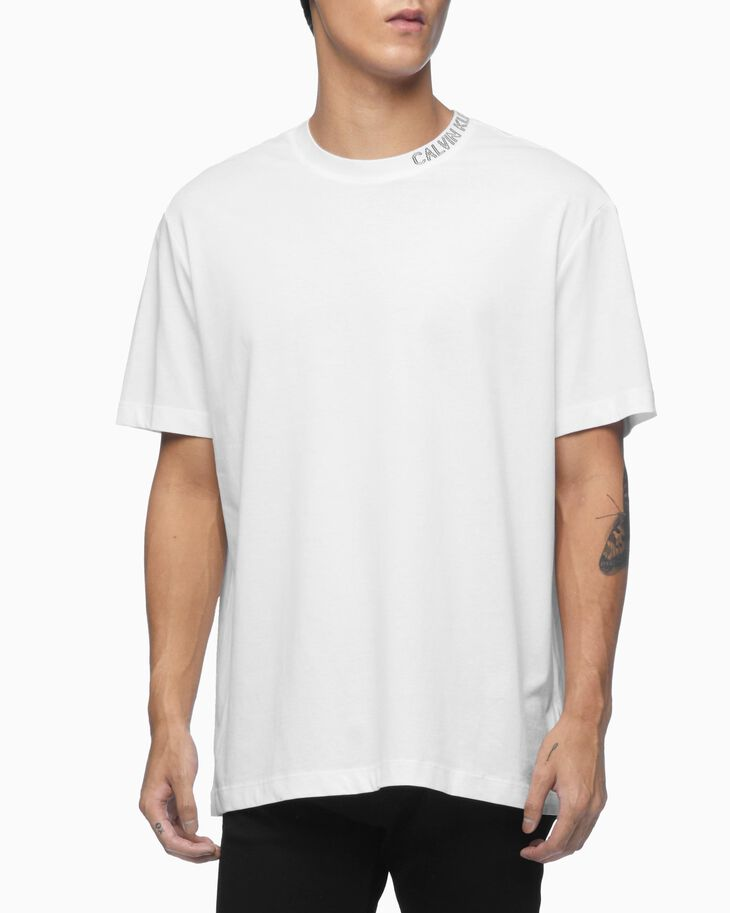 CALVIN KLEIN ORGANIC COTTON OUTLINED LOGO COLLAR TEE
