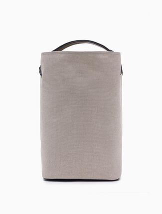 CALVIN KLEIN CINCHED BUCKET BAG