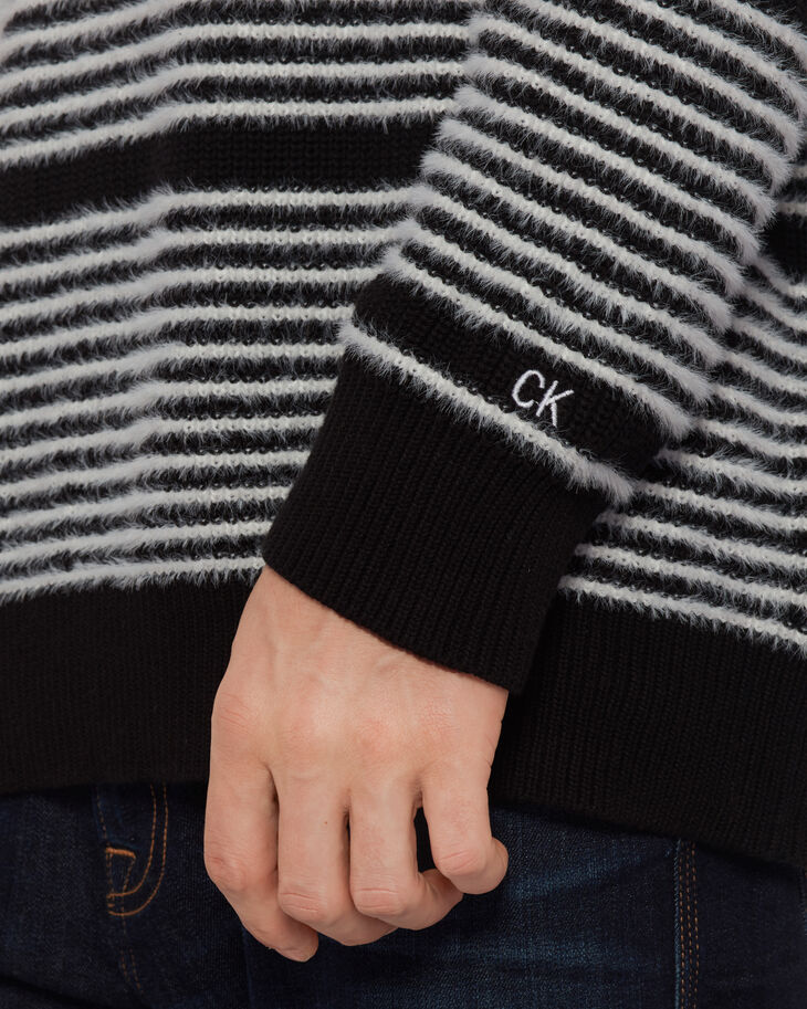 CALVIN KLEIN STRIPE TURTLENECK PULLOVER SWEATER