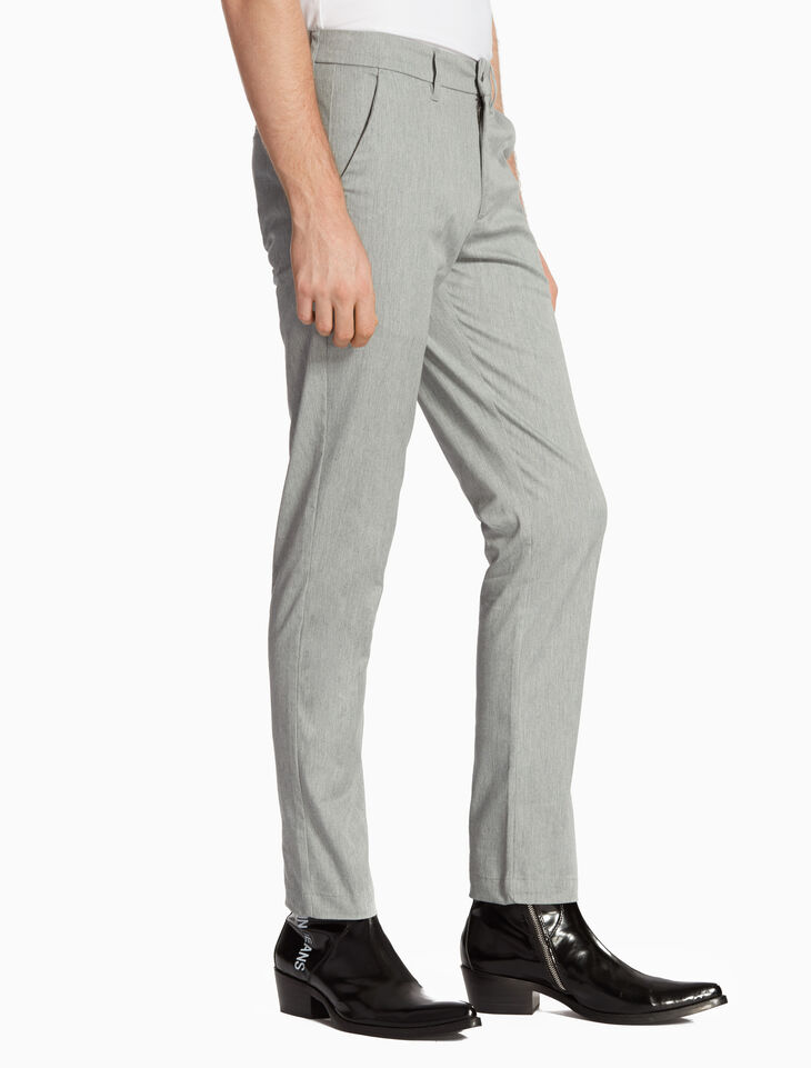 CALVIN KLEIN 37.5 MEN SLIM CHINOS