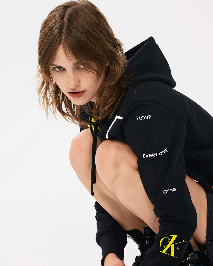 CALVIN KLEIN CK ONE EXTRA BOLD LOGO CROPPED HOODIE