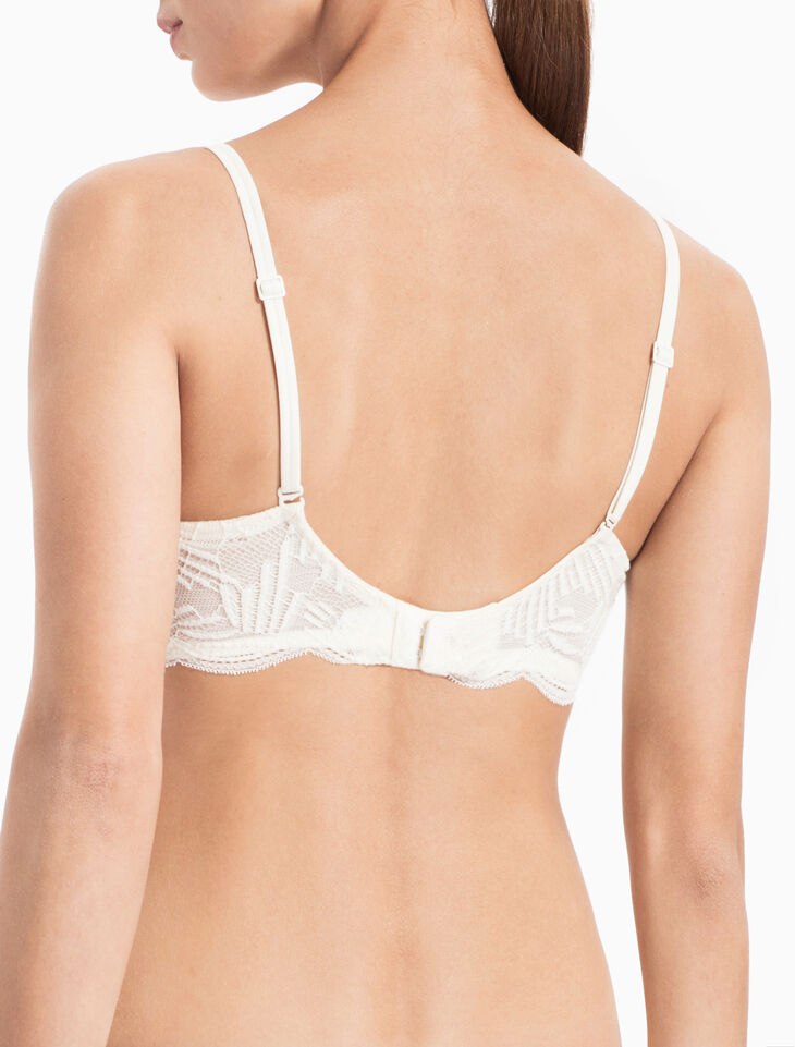 CALVIN KLEIN PERFECTLY FIT SLIPCOVER PUSH UP PLUNGE BRA