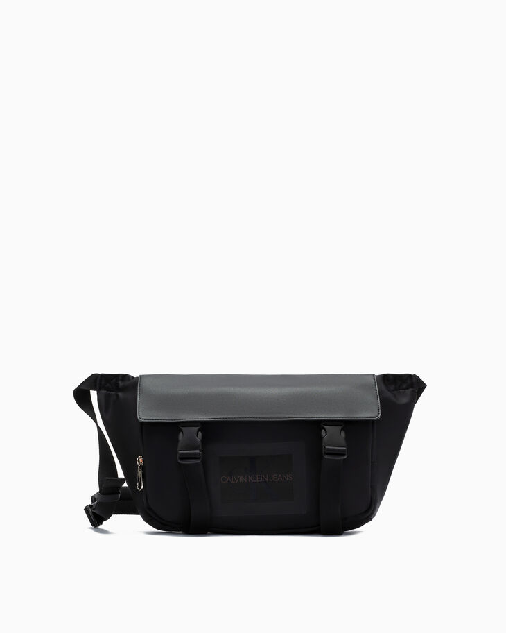 CALVIN KLEIN SLEEK NYLON MESSENGER 斜背包