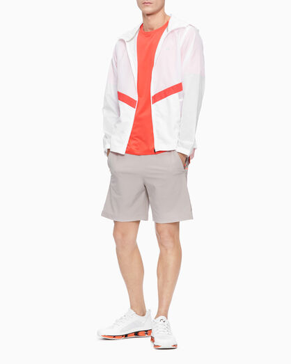 CALVIN KLEIN STATEMENT ESSENTIALS WOVEN SHORTS