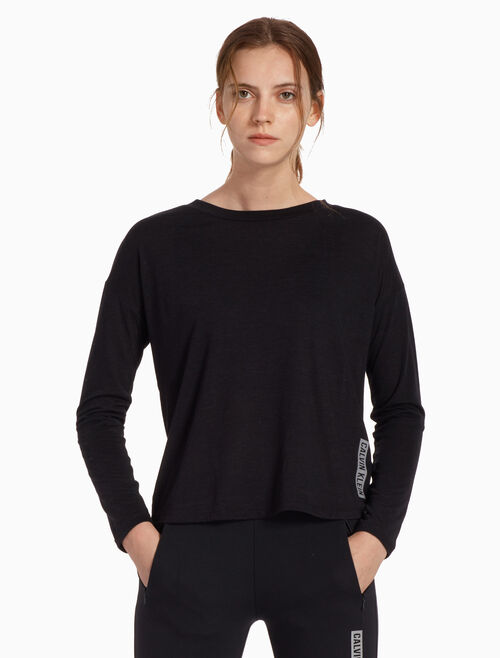 b9621fd7d2c40 CALVIN KLEIN ICON LONG SLEEVE TEE Quickshop. CALVIN KLEIN PERFORMANCE