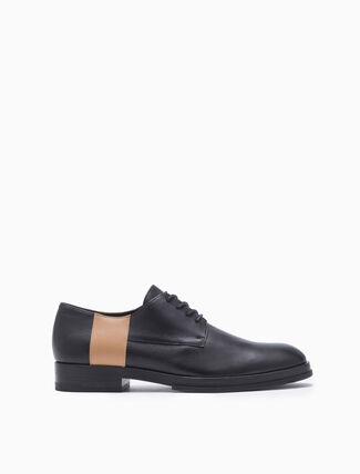 CALVIN KLEIN TWO-TONED LACE UP DRESS SHOES