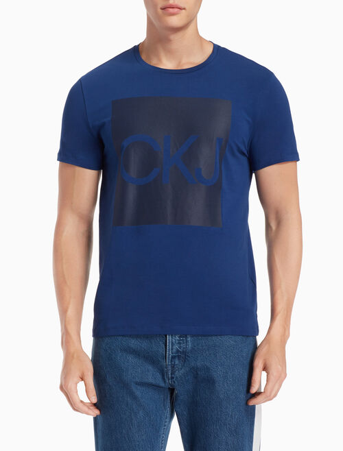 CALVIN KLEIN スリム ロゴ BOX T シャツ